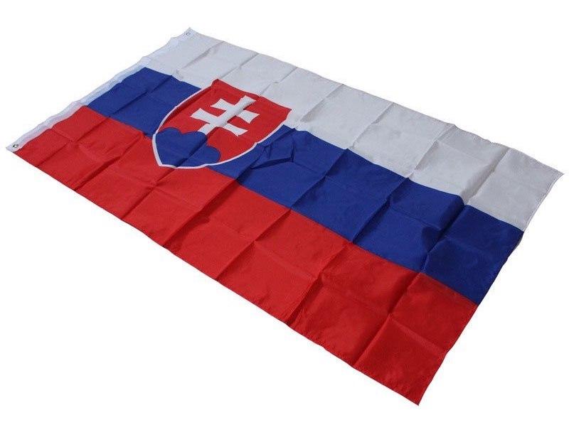 slovenska zastava odbalena